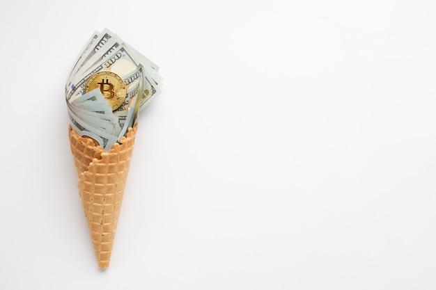 Валютное мороженое с копией пространства Бесплатные Фотографии
