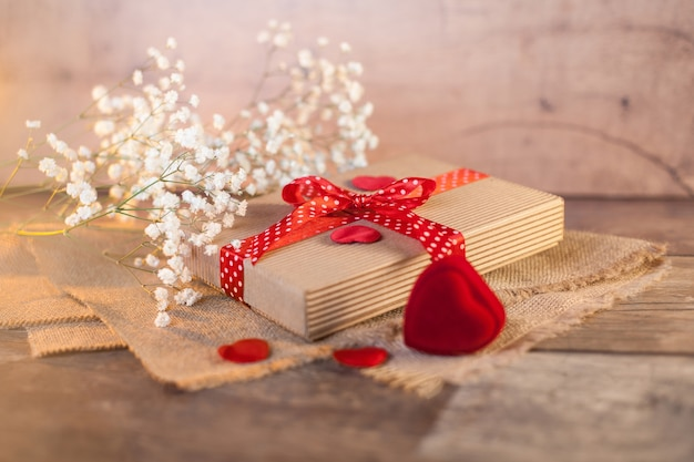 バレンタインデーのかわいいギフト 無料写真