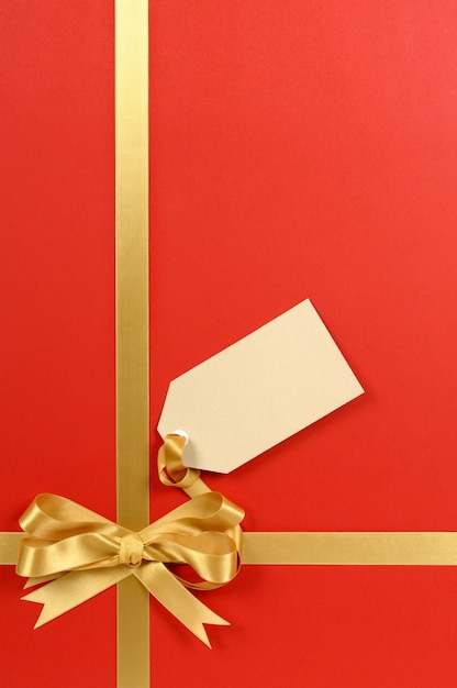 Cute gift with a bow Free Photo