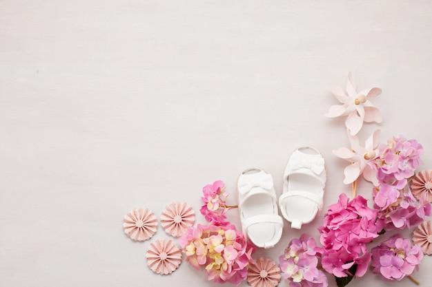 Cute newborn baby girl shoes Premium Photo