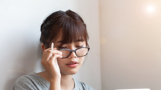 asian with glasses girl Cute
