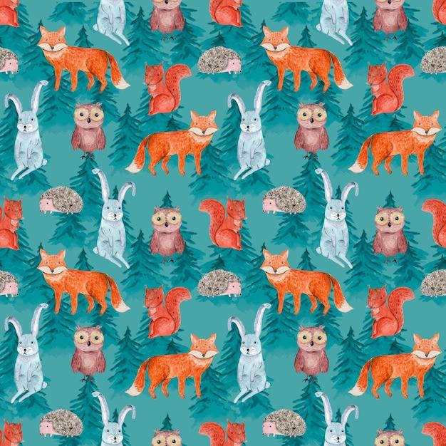 Симпатичная акварель бесшовные модели с веселыми животными в синем хвойном лесу для дизайна поверхности детей Premium Фотографии