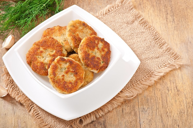 Cutlets cauliflower with fennel, garlic and cheese sauce Free Photo