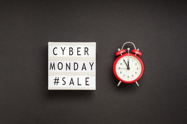 흰색 월요일에 사이버 월요일 판매 텍스트 프리미엄 사진
