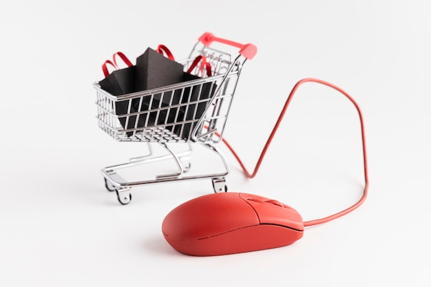 eCommerce: How to Increase Sales with Mobile Marketing