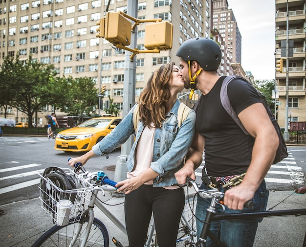 뉴욕의 사이클리스트 프리미엄 사진