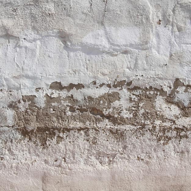 Damaged wall with peeling Premium Photo