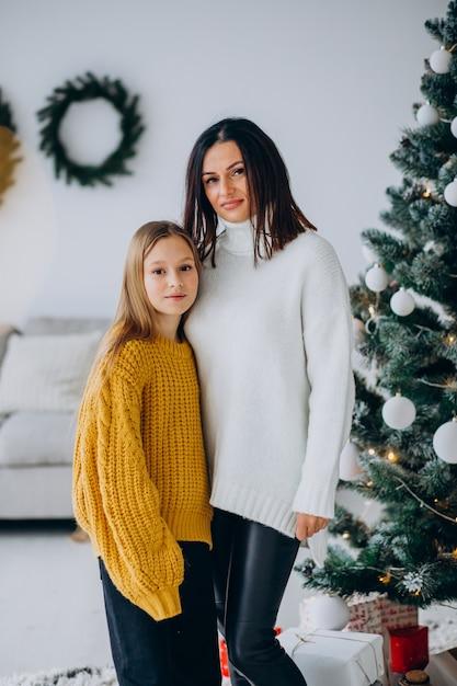 크리스마스 트리, 어머니와 딸 무료 사진