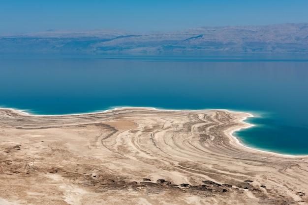 Мертвое море в израиле Premium Фотографии
