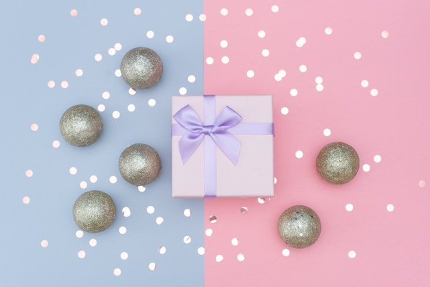Decorated christmas gifts on abstract background Premium Photo