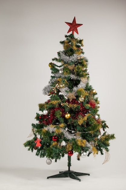 Decorated christmas tree Free Photo