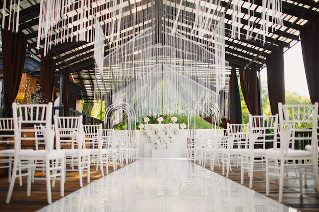 Decorated venue for the wedding ceremony Free Photo