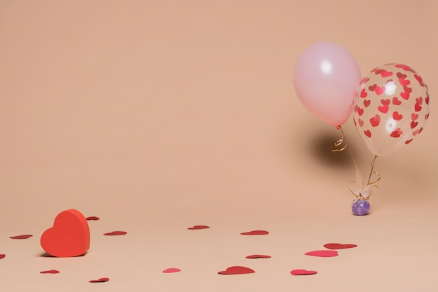 Decorative balloons with heart figures Free Photo
