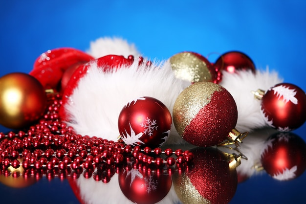 Decorative christmas balls Free Photo