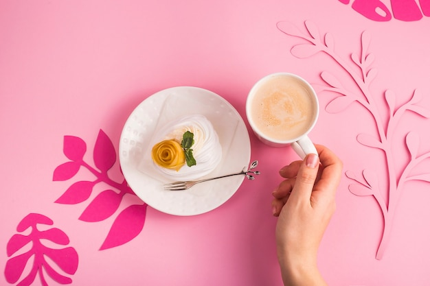 Delicate light low-calorie natural dessert from meringue Premium Photo