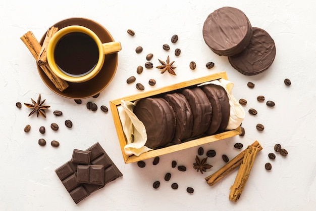 Вкусная концепция печенья альфахорес Бесплатные Фотографии