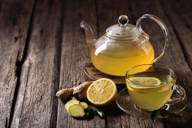 Концепция вкусного и здорового чая с лимоном Бесплатные Фотографии