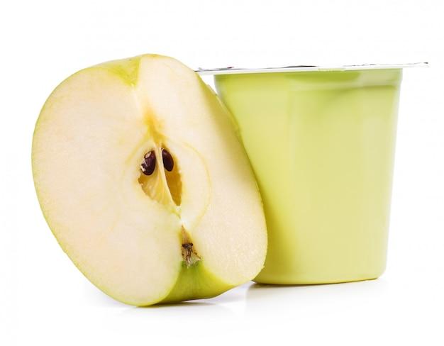 Delicious apple yoghurt Free Photo
