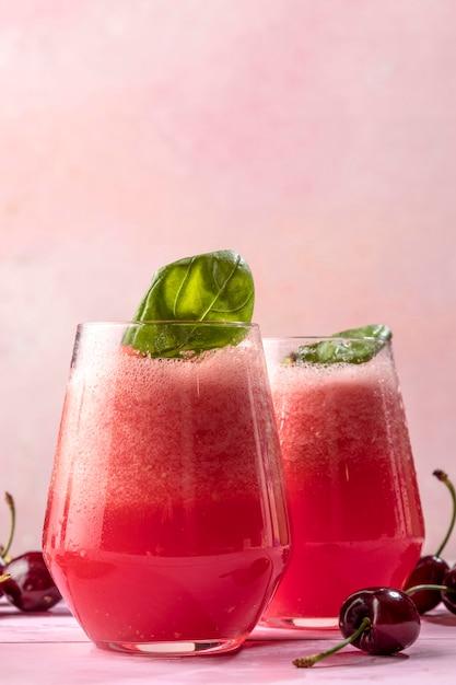 Deliziosa bevanda disintossicante alla menta Foto Gratuite