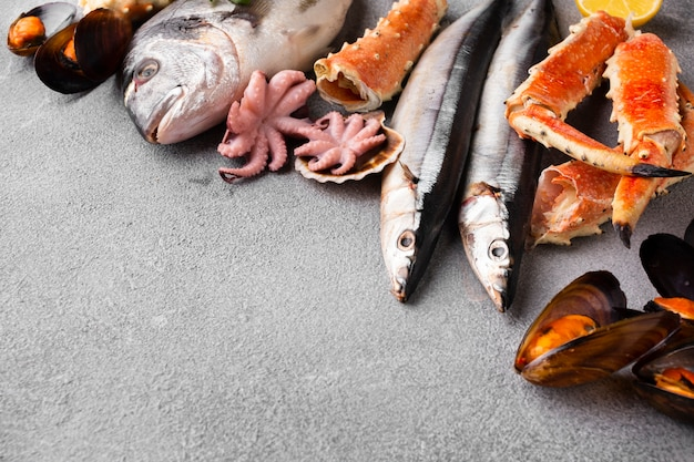 Delicious mix of seafood on table Free Photo