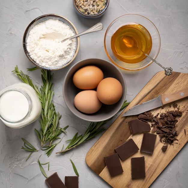 Вид сверху ингредиенты вкусные кексы Бесплатные Фотографии