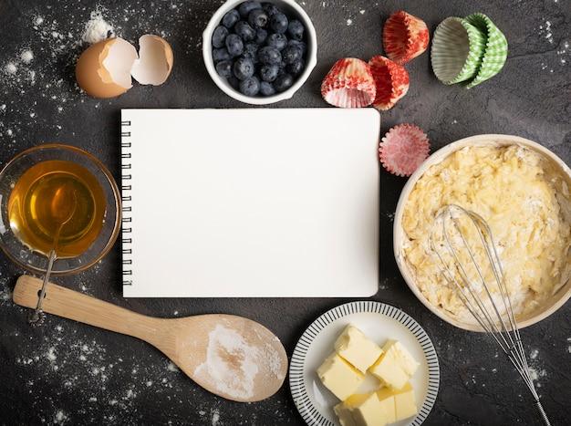 Вкусные кексы копировать космический блокнот Бесплатные Фотографии