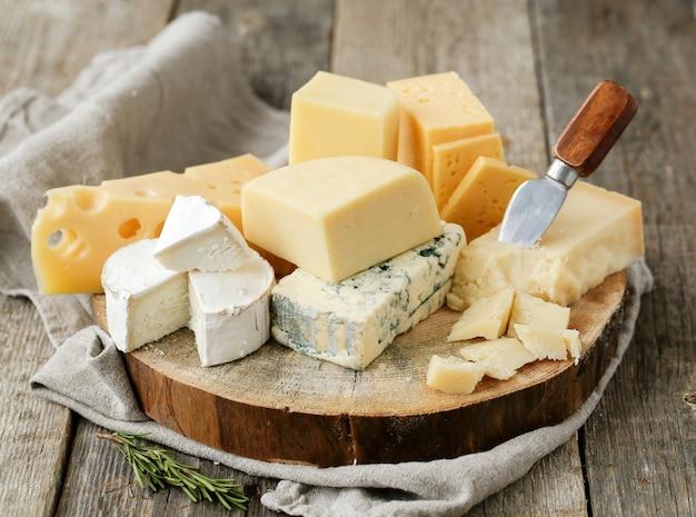 Вкусные кусочки сыра Бесплатные Фотографии