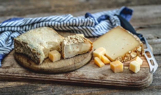 おいしいチーズのセット Premium写真