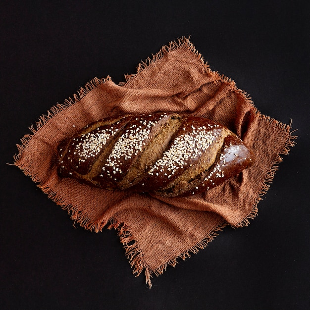 Delicious whole wheat baked bread Free Photo