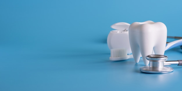 Dental concept healthy equipment tools dental care professional  banner Premium Photo