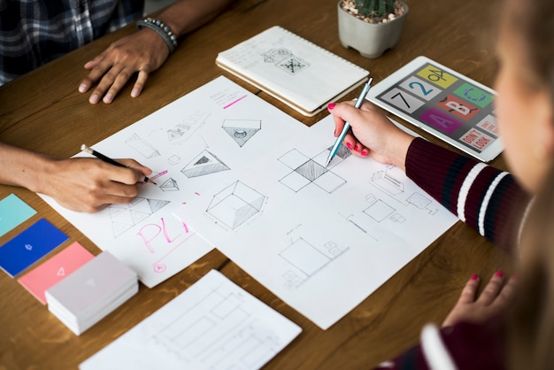 Design team drawing sketch small business Photo | Premium Download