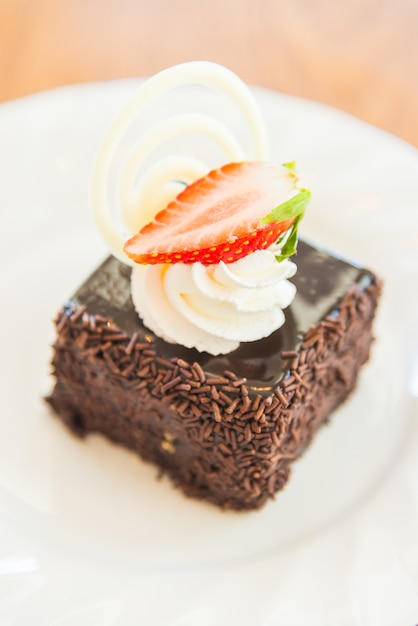 Chocolate Cake Images Download : Dessert chocolate cake Photo Free Download