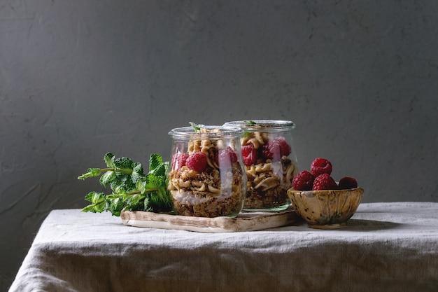 Dessert in jars Premium Photo