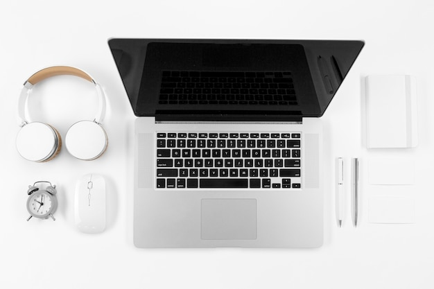 Devices and notebook arrangement Free Photo