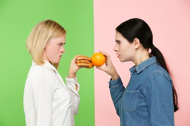 ダイエット。ダイエットのコンセプトです。健康食品。 無料写真