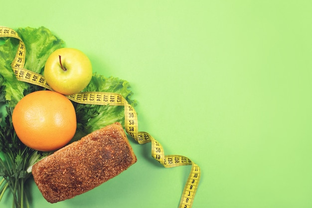 Diet, weigh loss, healthy eating, fresh food concept Premium Photo