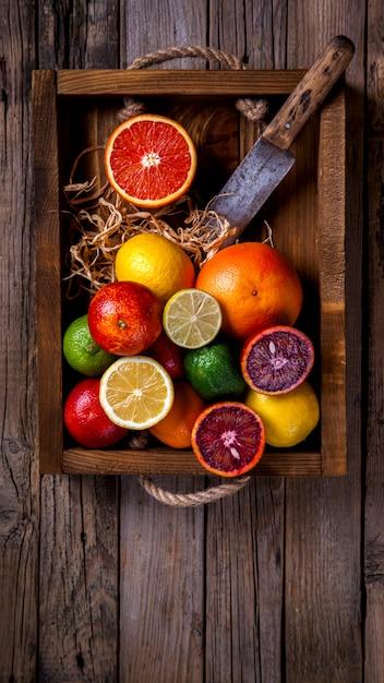 Different citrus fruit. Premium Photo