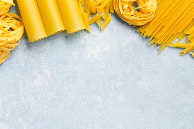 Различная итальянская паста Бесплатные Фотографии