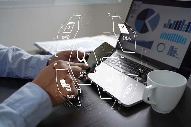 Digital marketing media search engine seo  startup project Premium Photo