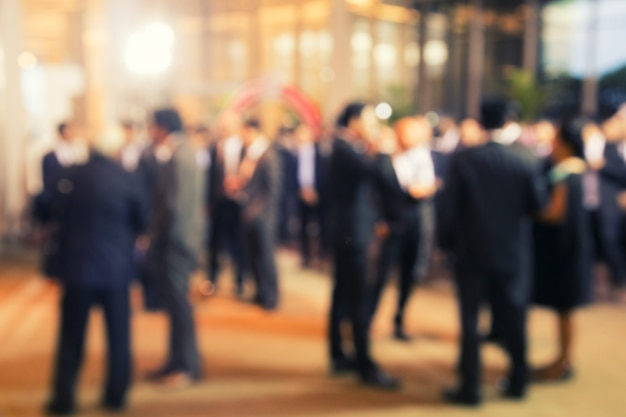 Disfocus of group of people talking about business project Premium Photo