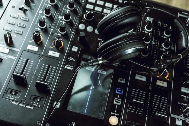 Dj equipment Premium Photo