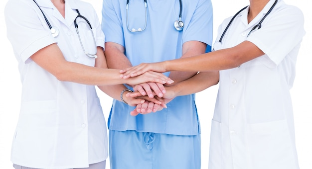 Лечение проходит с участием врачей смежных специальностей