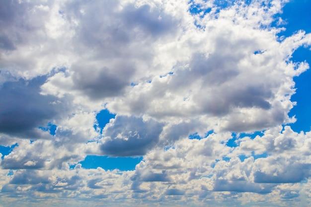 Dramatic cloudscape sky in summer day, mass of cloud sluggish in air Premium Photo