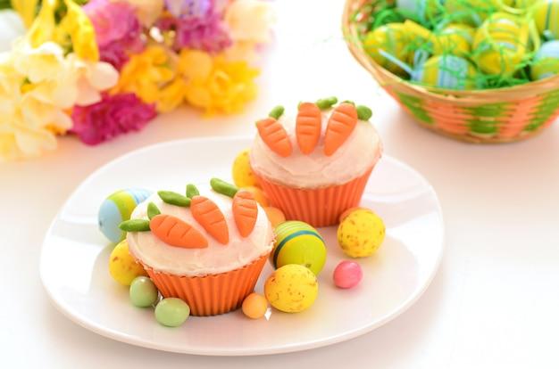 Easter cupcakes Premium Photo