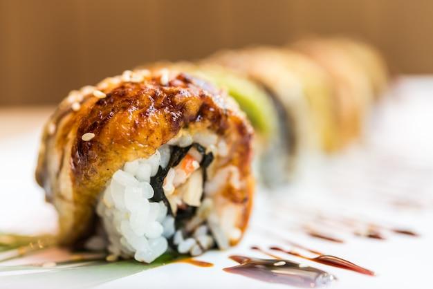 Eel fish sushi roll Free Photo