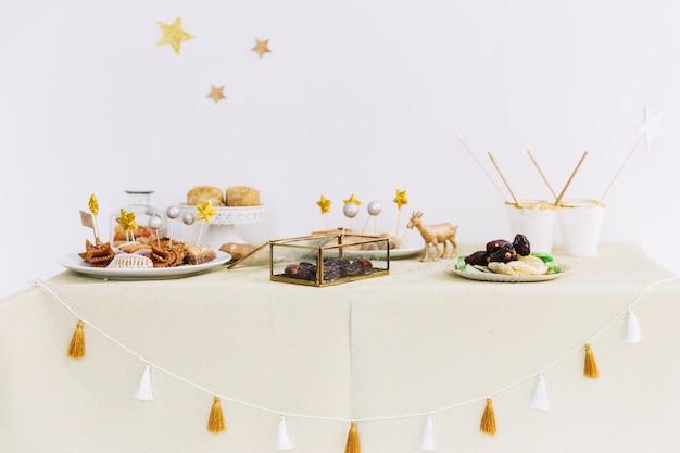 Most Inspiring Pastry Eid Al-Fitr Food - eid-al-fitr-concept-with-arab-food_23-2147799615  Snapshot_192793 .jpg