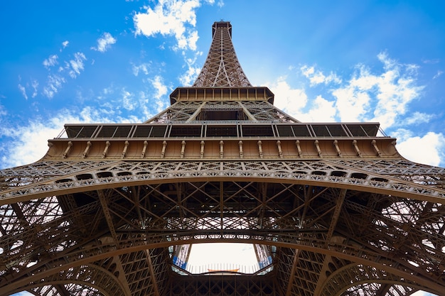 Eiffel tower in paris france Premium Photo