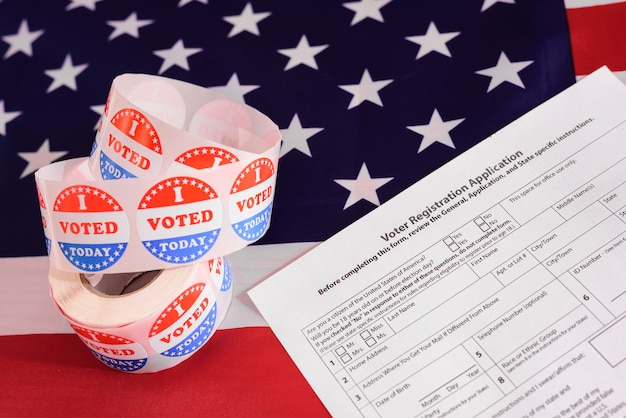 Elections In The United States Are Held With The Use Of Face Masks To Prevent Contagion Premium Photo