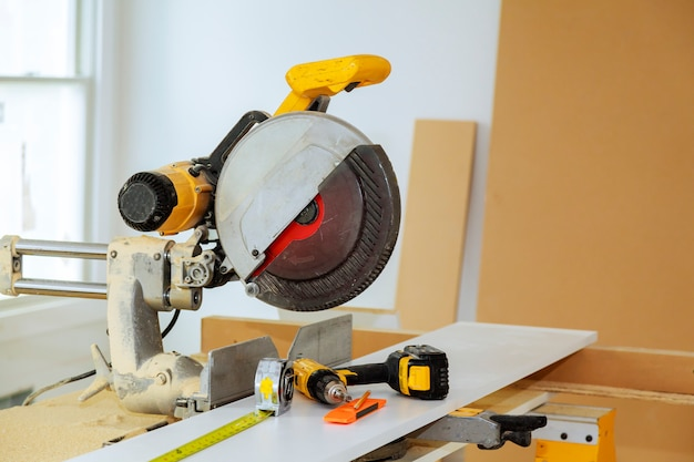 Electric tools and equipment diy instrallation kitchen at new home Premium Photo