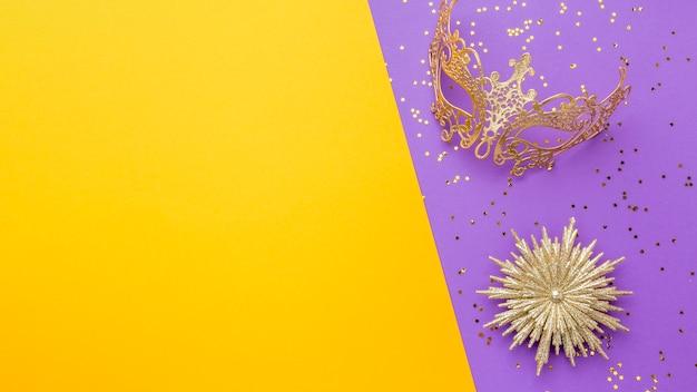 Elegant carnival mask with glitter Free Photo